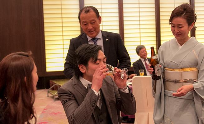 柴田さん、取り敢えず飲んどきましょか!