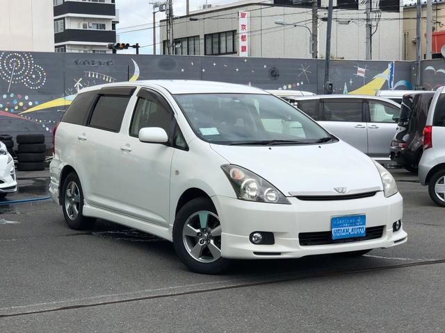 【入荷車輌ご紹介】トヨタ ウィッシュ (H16)